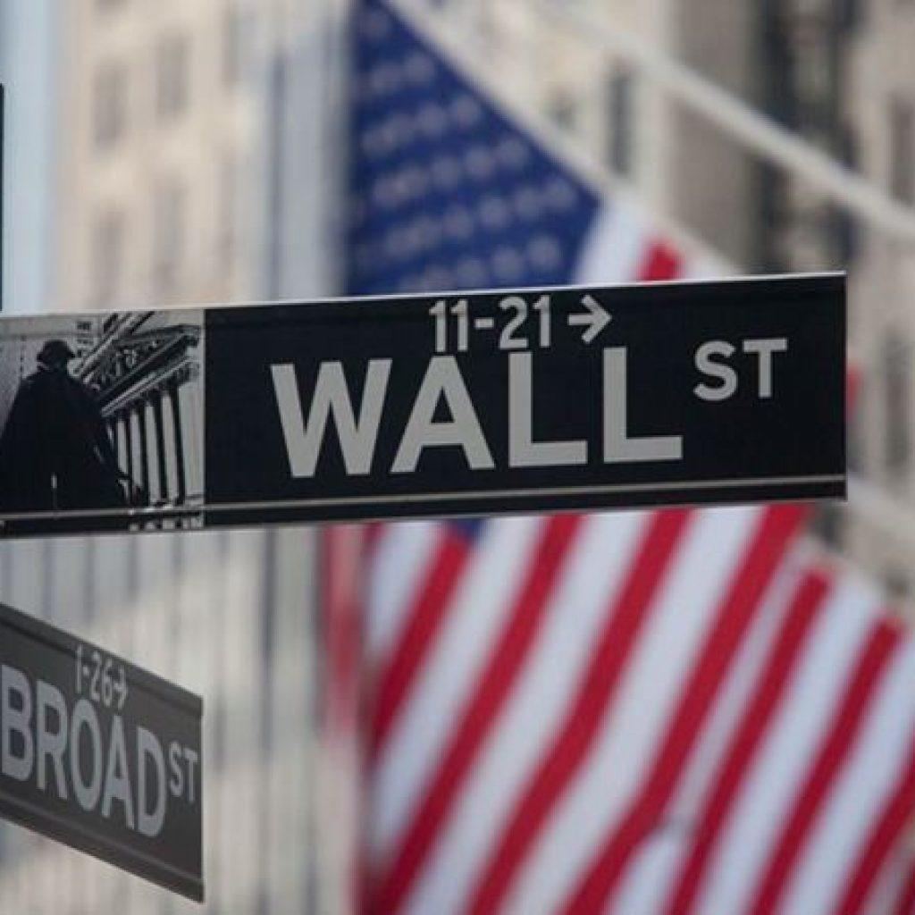 Data Tenaga Kerja Melampaui Ekspektasi, Wall Street Melesat